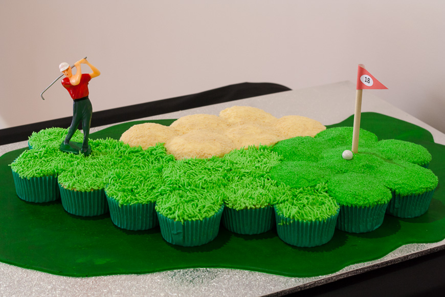 Golf Course Cupcake Cake Cath S Cookery Creations